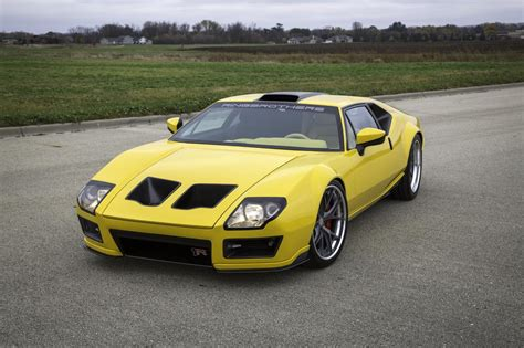 modified De Tomaso pantera