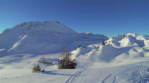 Er gilt als juwel, als wohl prächtigste aller alpenregionen. Winterwanderweg Kriegeralpe - Lech Zürs am Arlberg - YouTube