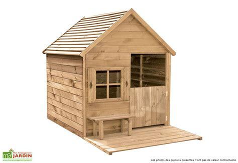 maison bois exterieur enfant les cabanes de jardin abri de jardin et tobbogan