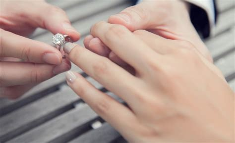 are you allergic to your wedding ring all 4