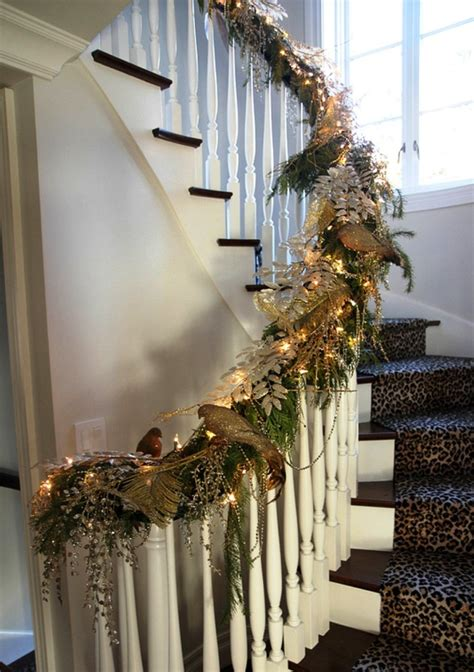 decorating  spiral staircase  christmas jidiletterco