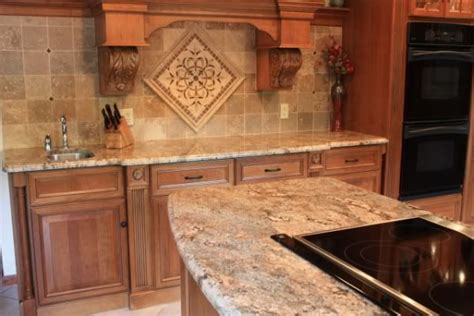 pictures of white kitchen cabinets 17 best images about kitchen idea on subway 9129
