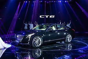 2016 Cadillac CT6 Plug-In Hybrid Debuts At 2015 Shanghai