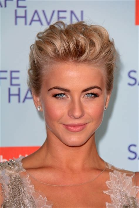 formal hairstyle for short hair 20 gorgeous prom hairstyles for girls with short hair