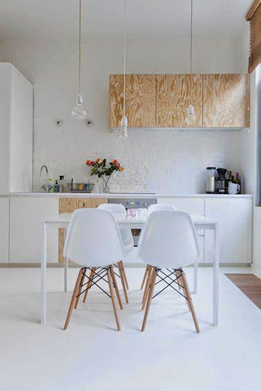 idee peinture cuisine meuble blanc repeindre meubles de cuisine en blanc et plaque