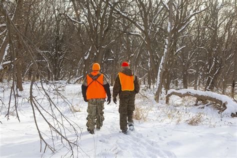 deer late season follow hunts improve these journalstar hunting easier interpret snow makes during sign