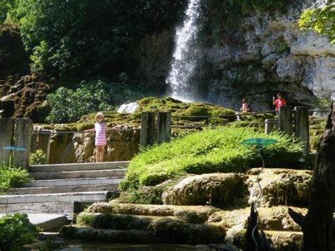 jardin des fontaines petrifiantes joli spectacle photo de jardin des fontaines petrifiantes la sone tripadvisor