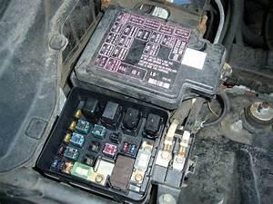 Replacing A Blown Automotive Fuse