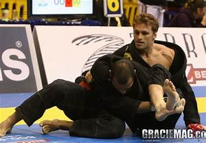 Video: Robson Moura teaches a sweep from x-guard to an ...
