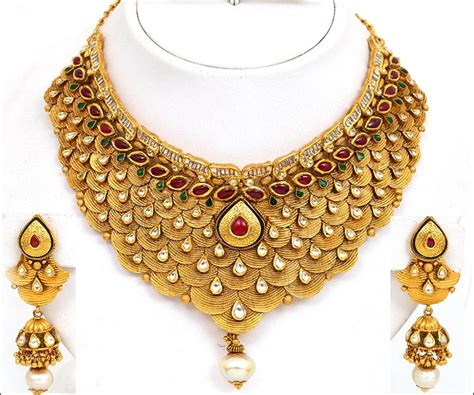 15 Exquisite Bridal Gold Jewellery Sets For The Bride-To-Be