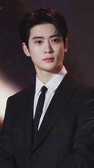 NCT's Jaehyun Looked Flawless At The 2019 Korean Popular ...