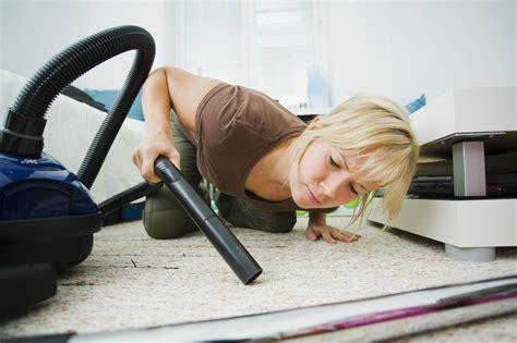 correctly vacuum  carpet