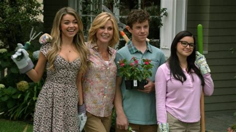modern family season 7 update hyland nolan gould ariel winters talk about their