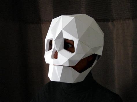 paper mask skull mask with moving low poly mask pattern uses just