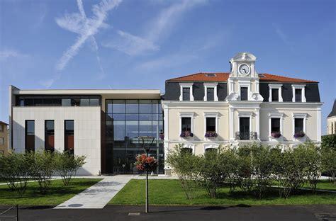 bureau de change lyon hotel de ville extension et restructuration de l 39 htel de ville de