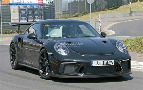 porsche gt3 2018 porsche 911 gt3 rs spied has gt2 rs naca ducts hood