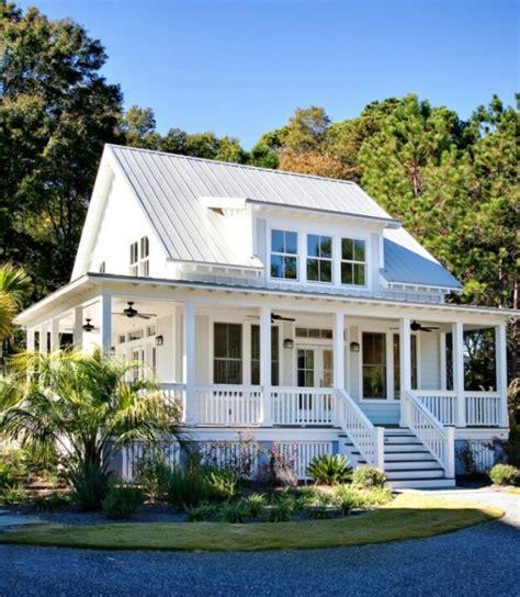 wraparound porch the wrap around porch for the home