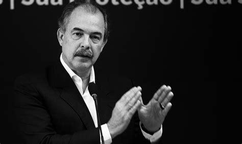 Opera Mundi: Alfredo Bosi, crítico literário e professor ...