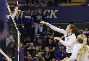 Courtney Schwan's career-best night gives Huskies share of ...