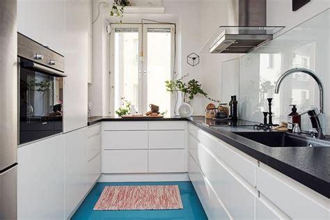 design of small kitchen fint renoverat k 246 k med integrerade vitvaror kitchen 6601