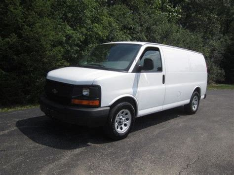 automobile air conditioning service 2009 chevrolet express 1500 transmission control buy used 2009 chevrolet express g1500 cargo van 5 3l v8 auto a c all wheel drive 4x4 nice in