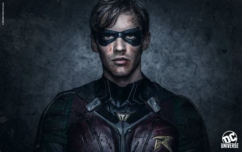 robin  bloody  bruised   titans photo