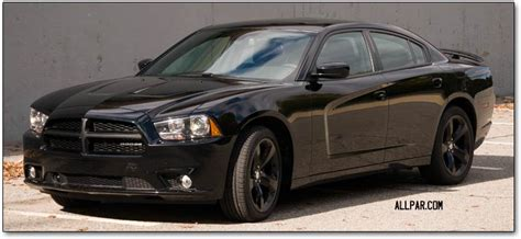 2013 Dodge Charger Blacktop Road Test (zf 8-speed