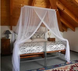 Bett Für Dachschräge : die besten 25 moskitonetz bett ideen auf pinterest ~ Michelbontemps.com Haus und Dekorationen