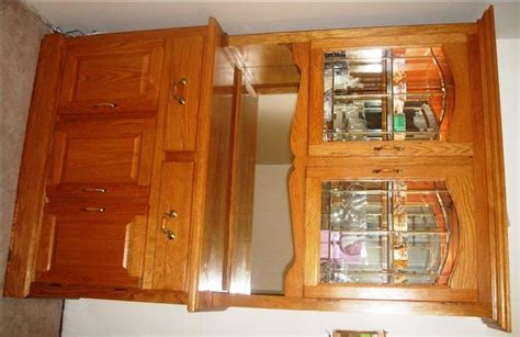 Solid Oak Dining Room Table Hutch (china Cabinet) & Chairs