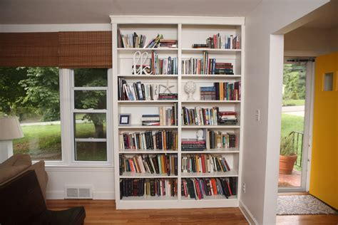 Built In Bookshelves by White Built In Bookshelves Diy Projects