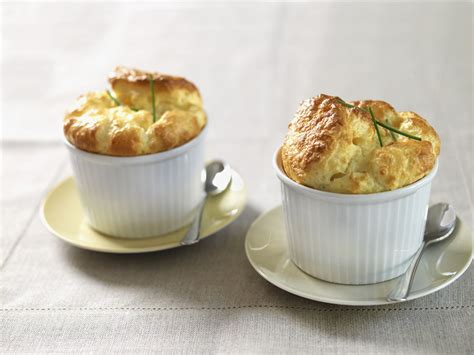 easy classic french spinach souffle recipe