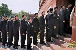 IAS officers look down upon us, say 20 civil services ...