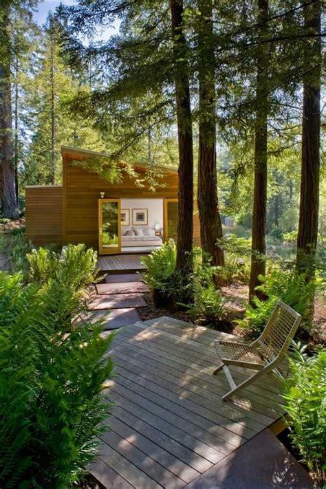 Modernes Haus Im Wald by Modernes Haus Wald Deck Ausruhbereich Tiny Houses