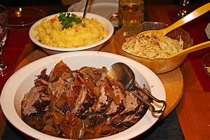 Schweinebraten Mit Biersoße : schweinebraten mit balsamico zwiebeln rezept mit bild ~ Lizthompson.info Haus und Dekorationen