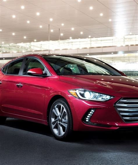 hyundai elantra overview  news wheel