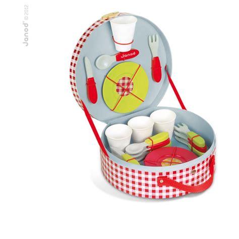 cuisine valisette jouets des bois dinette pique nique en bois dans valisette
