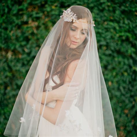 Boho Wedding Ivory Drop Veil Fingertip Length Single tier Veil   Lunss Couture