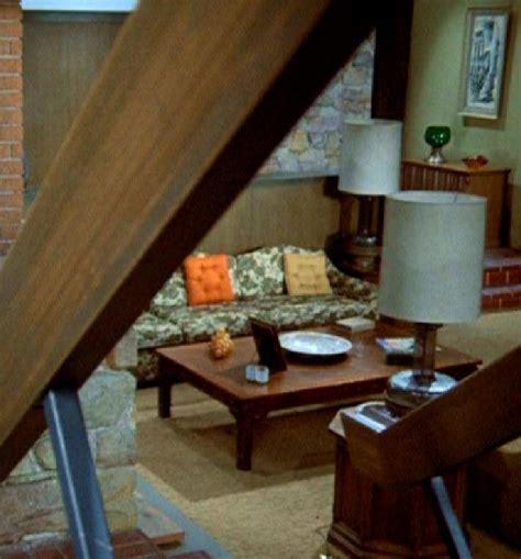 sofa seccional home recliner over brady bunch living room set baci living room