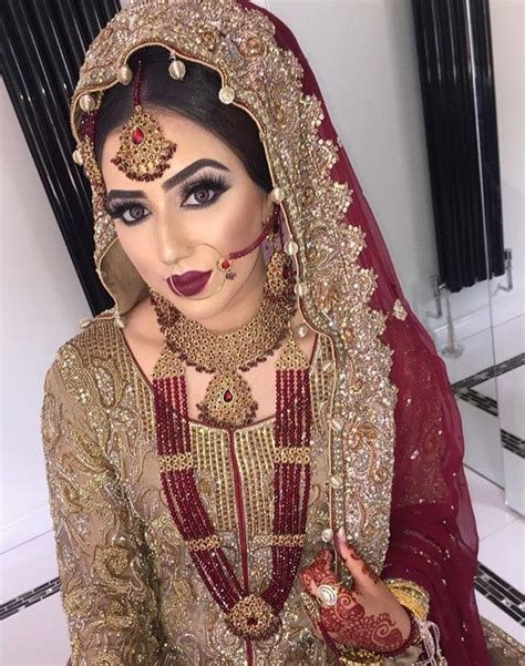 dress fashion merah bridal makeup 2017 look trend