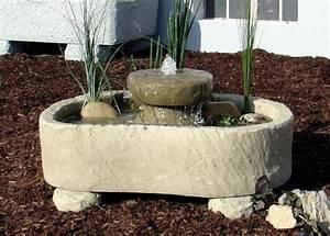 mini teich mit muhlstein springbrunnen wasserspiel With französischer balkon mit springbrunnen garten stein