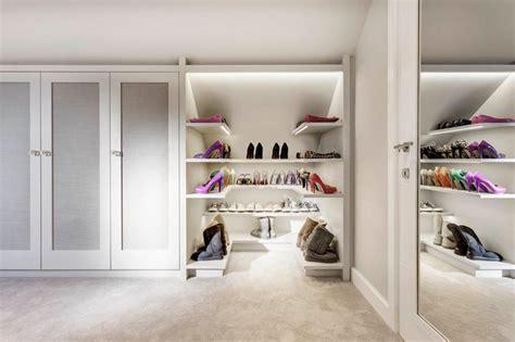 Das Ankleidezimmer Moderne Wohnideenankleidezimmer Fuer Frauen by Checkliste Ankleidezimmer So Planen Sie Stauraum Und Extras