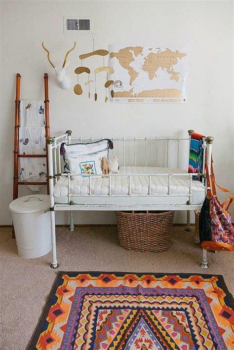 organiser chambre bébé 1001 idées pour la décoration chambre bébé fille