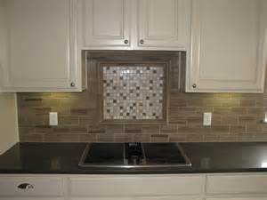 Glass Tile Kitchen Backsplash Design Ideas