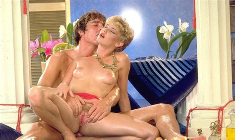 Vintage Lesbian Porn Pictures With Strapon Fucking Porn