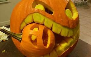Halloween, Eating, Small, Pumpkin, Carving
