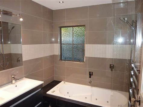Bathroom Wall Material Options Nz by Bathroom Cool Wall Tile Designs For Bathrooms With Glass