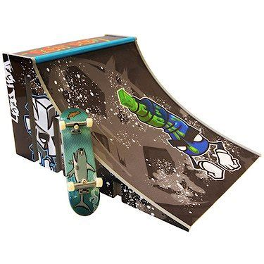 spinmaster tech deck build a r playset quarter pipe