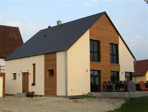 Einfamilienhaus Holzhaus Schwedenoptik by Einfamilienhaus Holzhaus Satteldach Holzfassade Modern