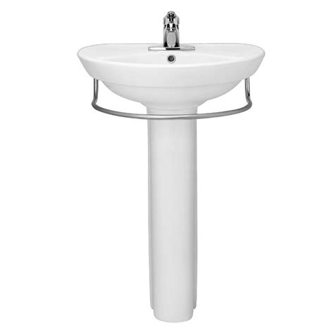 Small Bathroom Sinks Canada by 24 Best Pedestal Sinks For Small Bathrooms Images On