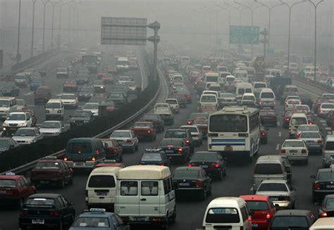 Europe's Car-originated Co2 Emissions Fell 3.7 Percent In